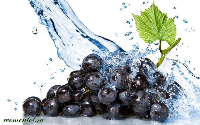 Свежеотжатый виноградный сок