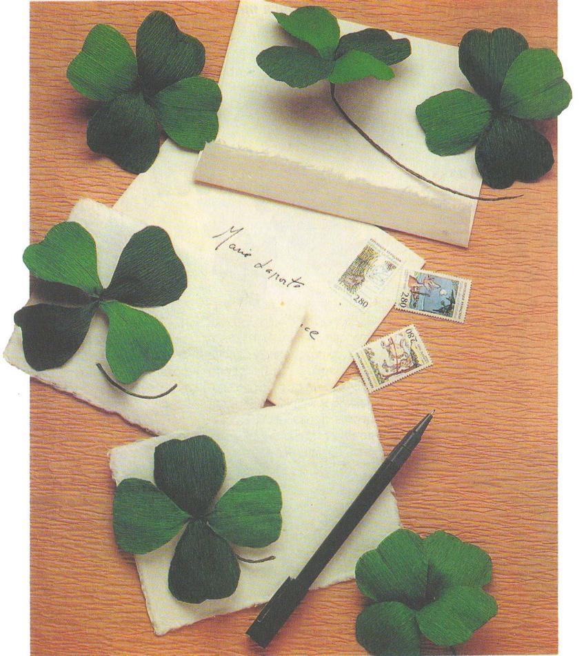 Клевер с четырьмя листочками - фото