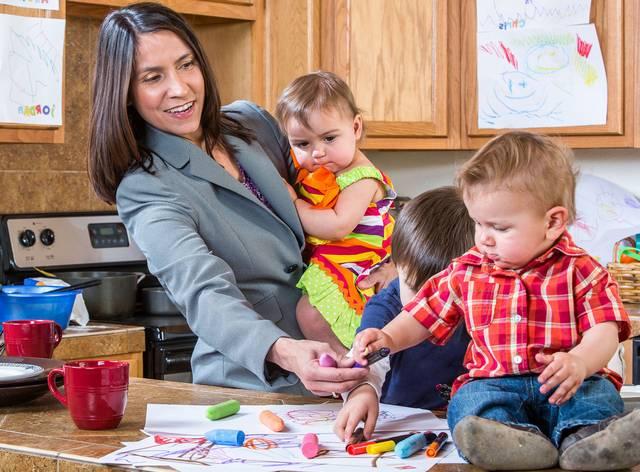 Когда дети помогают родителям